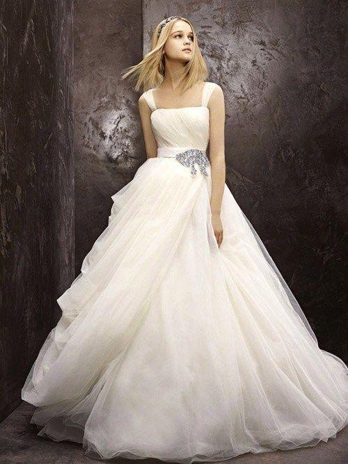 Những mẫu váy cưới đơn giản mà cực sang trọng - TruongTon.Net