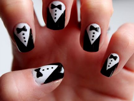 14 Easy Nail Art Designs to DIY for New Year's Eve