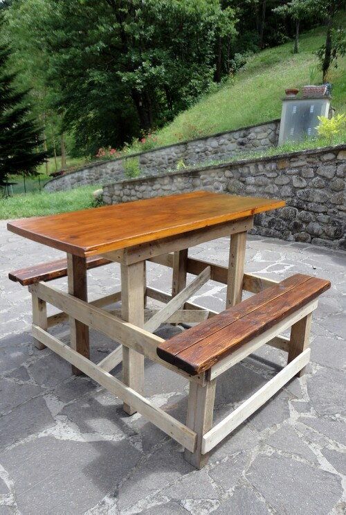 17 best images about 2 outdoor furniture on pinterest for Pallet picnic table plans