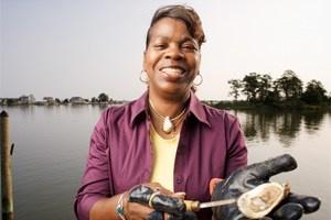 Deborah Pratt, champ oyster shucker.  We LOVE Deborah!