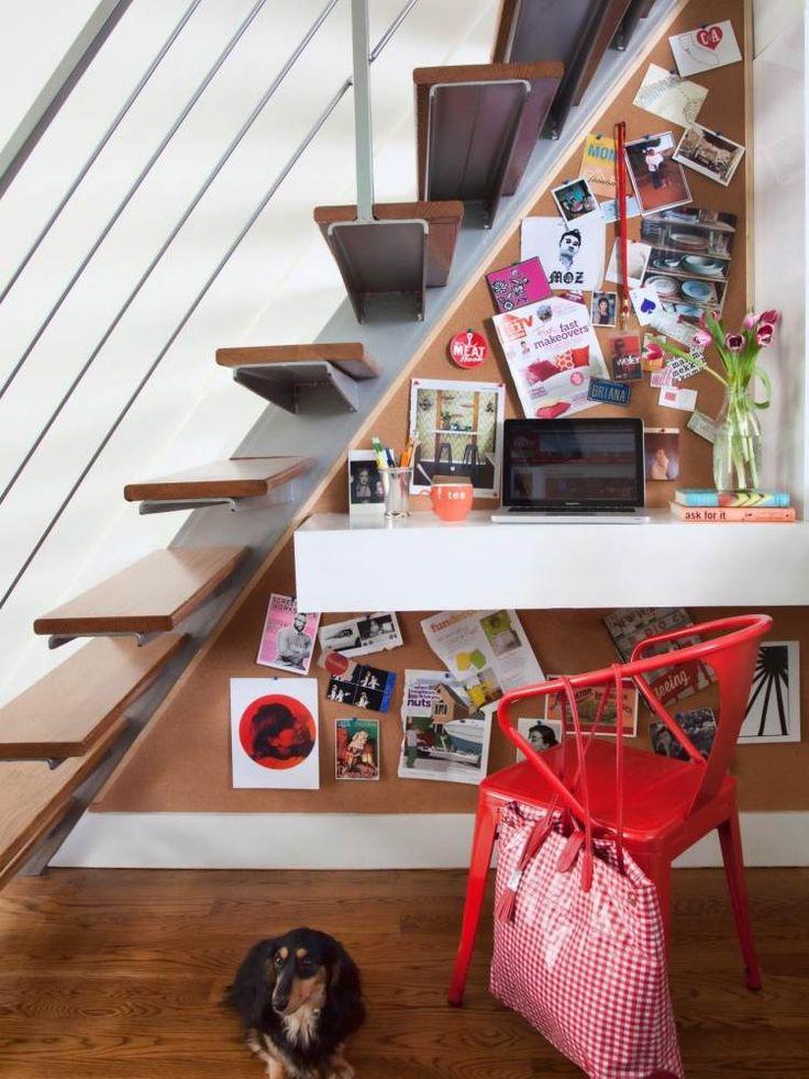 планировка под лестницей - рабочий уголок функциональным и таблица вдохновения планшет настенный