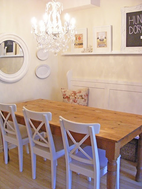 love wood tables with white chairs