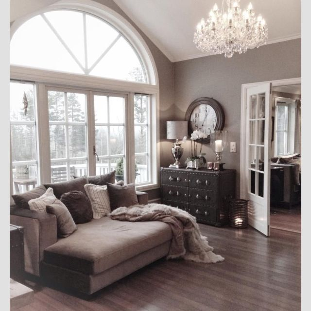 Super cozy. I think a chandelier is quite necessary!! Living room and bedroom ;)