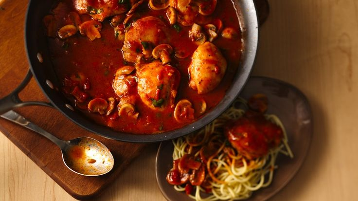 Enjoy this hearty Italian dinner featuring chicken, spaghetti and mushrooms--made using Progresso™ Recipe Starters™ fire roasted tomato cooking sauce.