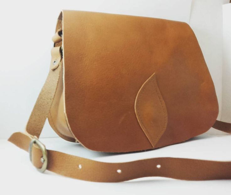 Mini tracolla #leatherbags #handmade #leather #bags #vegetabletannedleather