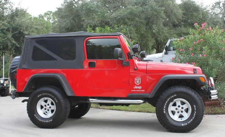 """2005 LJ - $17988, Automatic, 104k Miles, 4"""" LIft with 35"""" All-Terrains. http://www.selectjeeps.com/inventory/view/7073032?2005+Jeep+Wrangler+2dr+Unlimited+LWB+League+City+TX"""