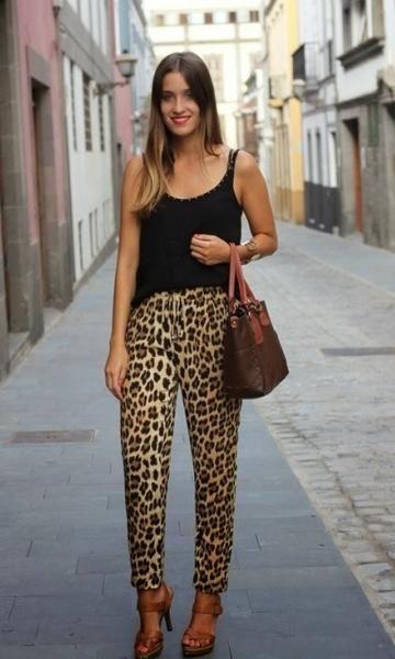 Look com Calça de Onça - Moda it | Moda It  Calça Croped Animal Print