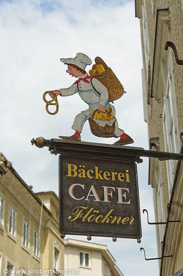 bakery in Salzburg, Austria Alejandro: Rotulo de una tienda de cafe de austria, con un estilo artesanal aparentemente.