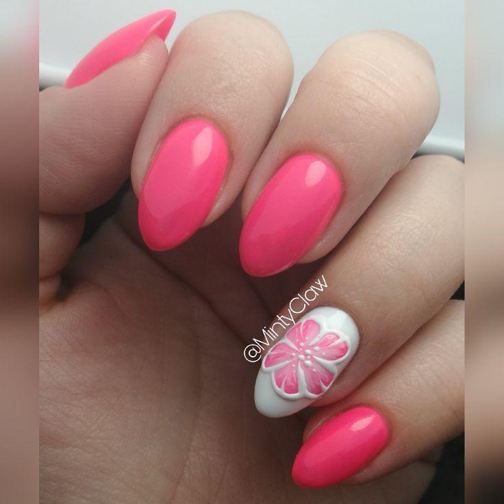 Nails Paznokcie  spring flower pink almond
