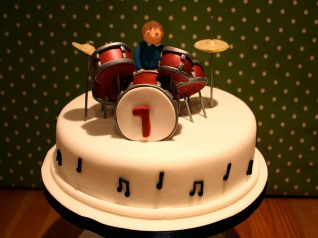 Percussion cake | Percussion in 2019 | Drum cake, Cake ...
