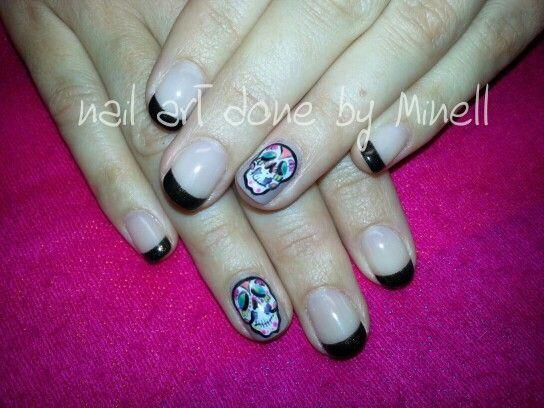 handpainted skull s nail art