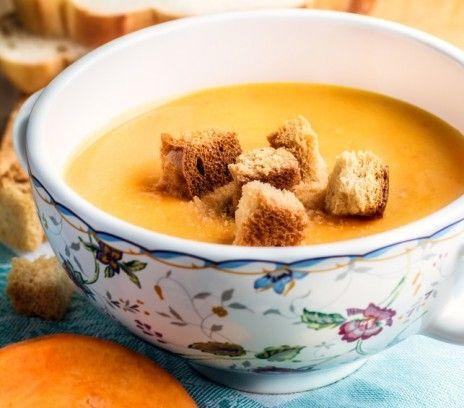 Zupa dyniowa Magdy Gessler - pieczona z gruyerem