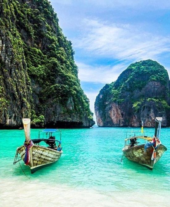 10 Things To Do While In Thailand Thailand is such a beautiful place, which is a…