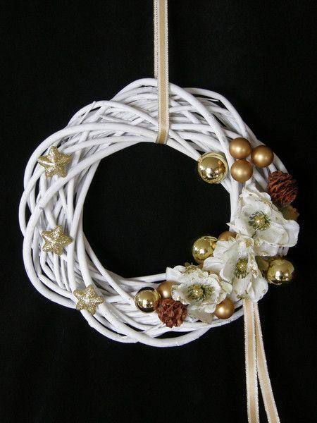 Adventskranz - TÜRKRANZ ADVENTSKRANZ WEISS GOLD - ein Designerstück von Candelita123 bei DaWanda