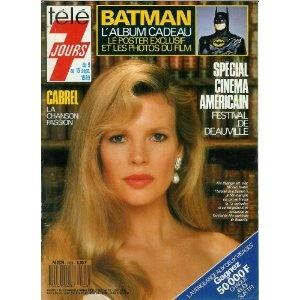 """Kim Basinger est, avec Michael Keaton, l'héroïne de """"Batman"""" - L'album cadeau : le poster exclusif et les photos du film, dans Télé 7 jours (n°1528) du 09/09/1989 [couverture et dossier mis en vente par Presse-Mémoire]"""