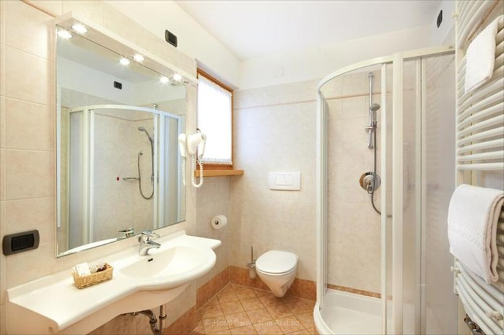 Bathroom. Hotel Garnì Laura - Arabba.