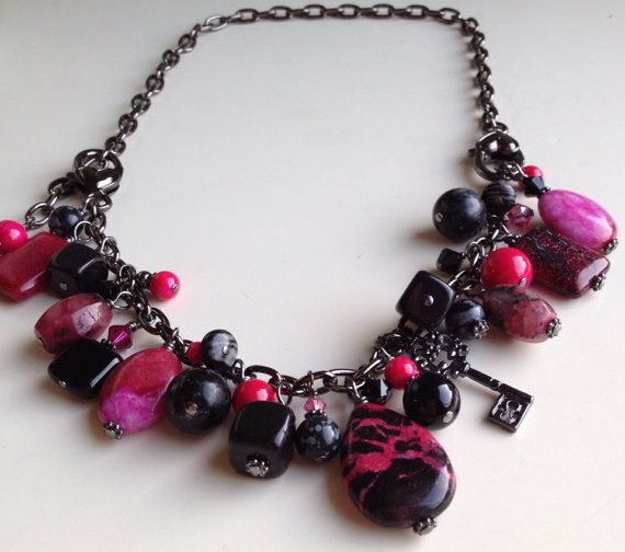 Hot pink and black Gypsy charm convertible  on Etsy, $53.01 CAD