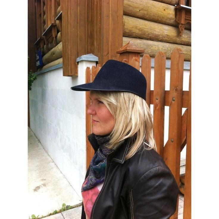 Шляпа жокей