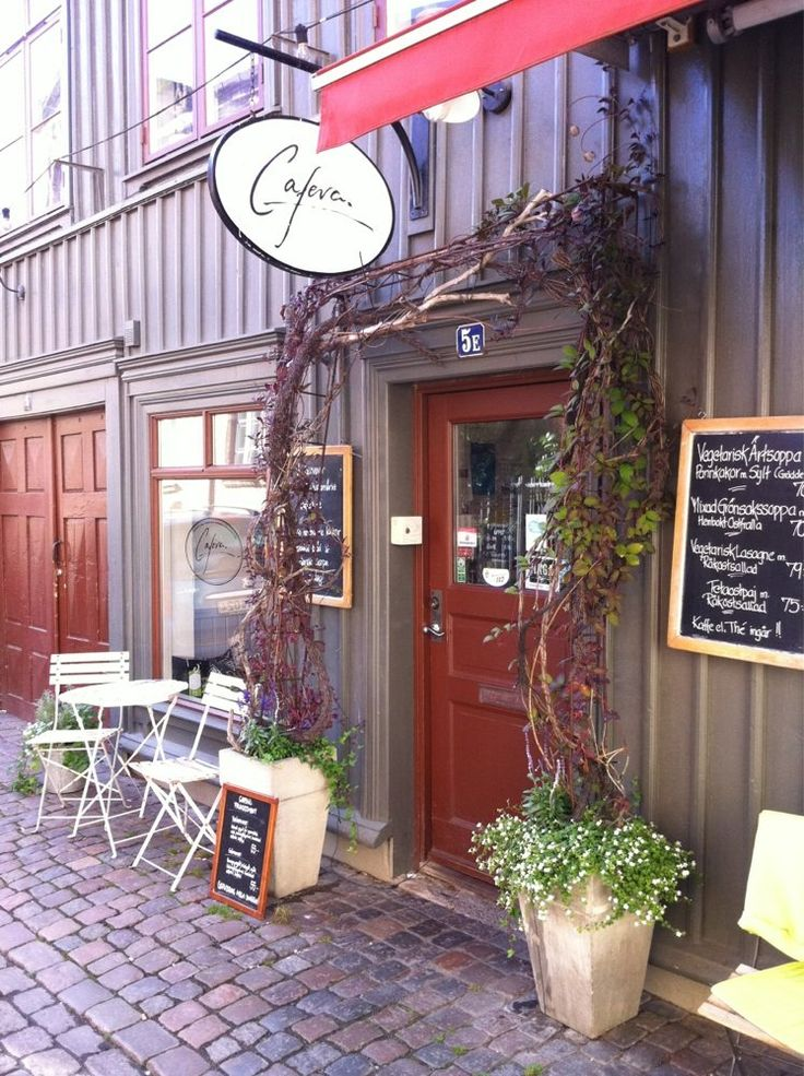 CAFEVA : vegetarian / vegan friendly restaurant in Göteborg •http://www.happycow.net/reviews/cafeva-gothenburg-42914