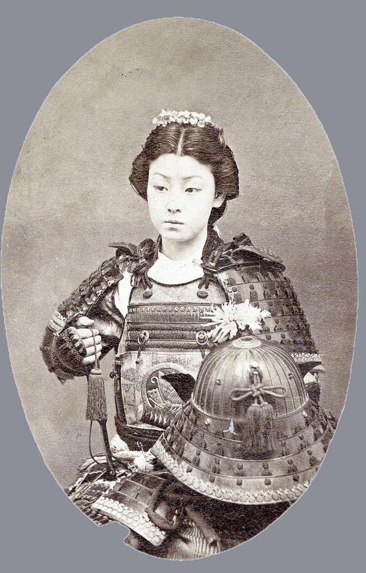 Une série dephotographies très rares sur les Samouraï du Japon au 19e siècle, prises entre 1863 et 1900. Ces photographies vintage colorisées à la main