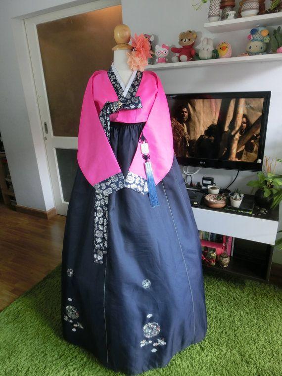 Luxury Korean Traditional Clothes Dress HANBOK WOMAN by kimonocuty