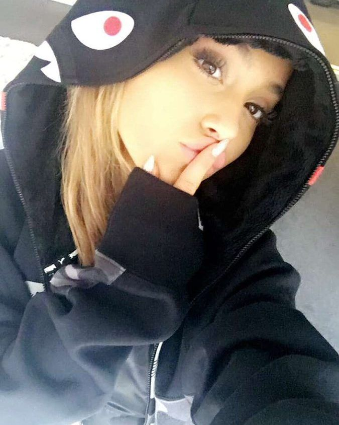 """185 Likes, 6 Comments - slug number 1 (@_ariana.grande.news_) on Instagram: """"Tomorrow i have to go to the doctor for a bloodsample........ So if i won't post tomorrow i'm gonna…"""""""