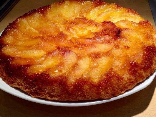 APPROUVÉE (ajouter morceaux de pommes avec pâte) !!!!  Gateau aux Pommes moelleux