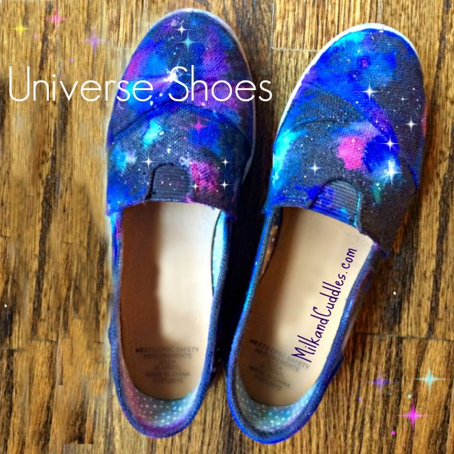 I can't even tell you how much fun making Galaxy shoes is. And even better - it's also VERY easy! This step by step guide includes photos and a video!