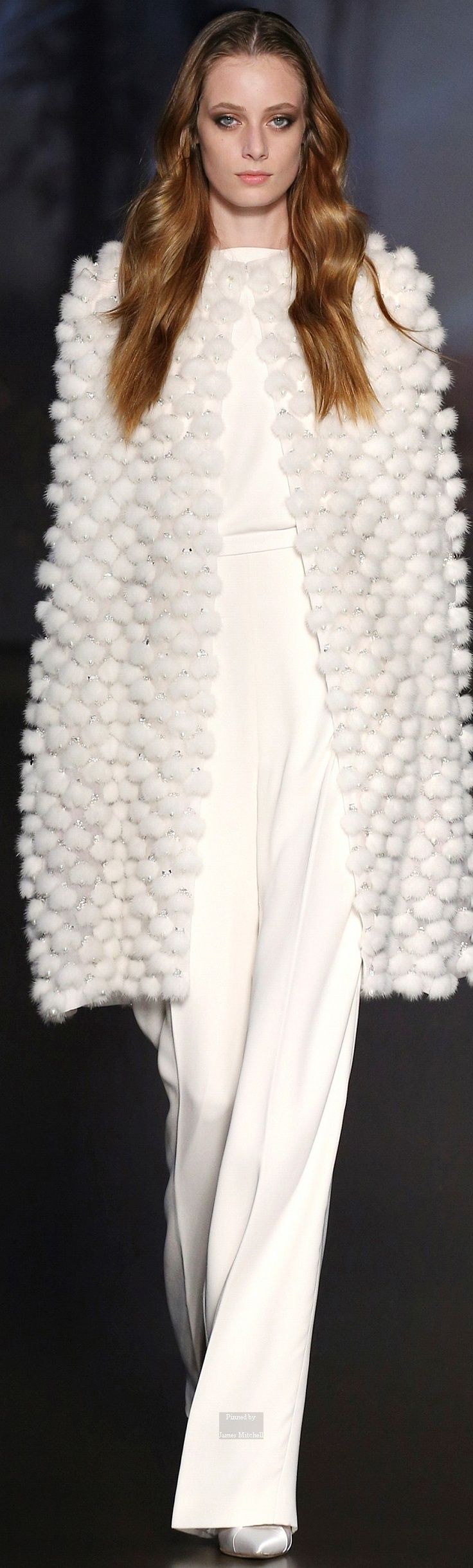 10  images about Couture &amp Haute Couture Evening Wear on Pinterest ...