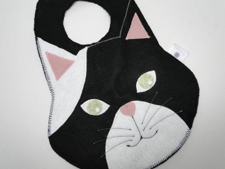 Lixinho para colocar no carro, feito de feltro, em formato de gatinho. Lindo e útil! <br>*sob encomenda