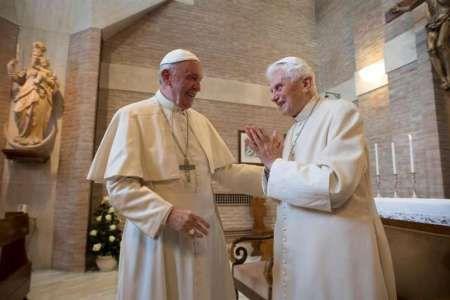 Franziskus stattet Benedikt Weihnachtsbesuch ab