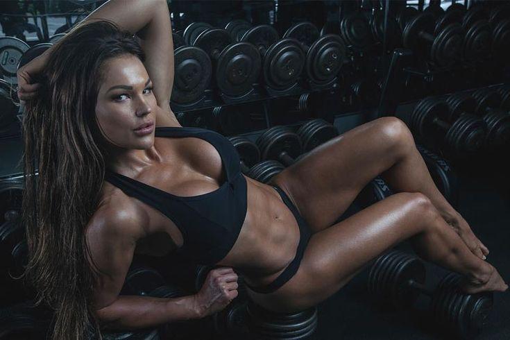 Няшки инстаграма  Фитнес-няшки, которые любят тренировки. Самые спортивные, фигуристые и активные девушки инстаграма. Спортивные тела этих девушек порадуют отсутствием лишнего веса и упругостью тел. #красотастрашнаясила #женщины #женщинытакиеженщины  https://mensby.com/photo/instagram/7513-instagram-fitness-model-07