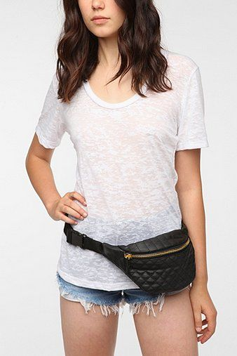 I love fanny packs...They are back.. My sis and I saw one on a lady in vegas and she looked so cute...