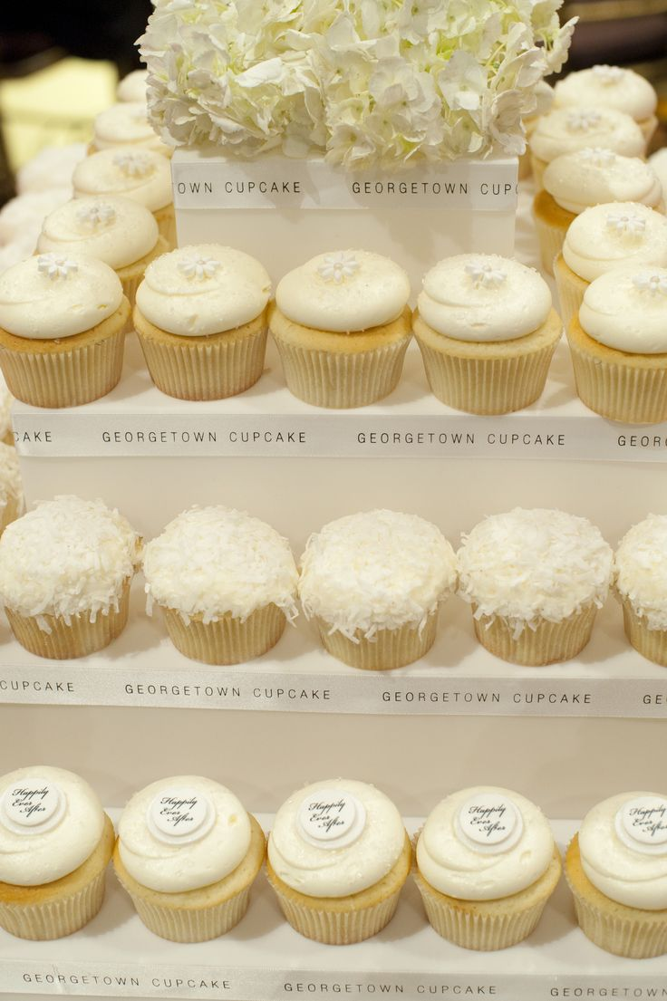 31 best Georgetown Cupcake Wedding Cupcakes images on Pinterest ...