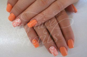 Abgerundete Ecken Nägel – Naildesign   Nailart by My Nice Nails GmbH – What do you think? For more info visit us at mynicenails.ch #MyNiceNails #nails #naildesign #nailart #nailstudio