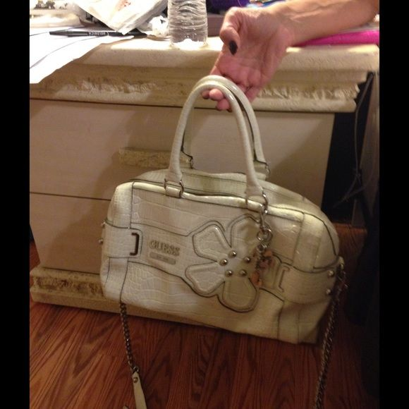 Guess handbag White large guess handbag with silver hardware Guess Bags