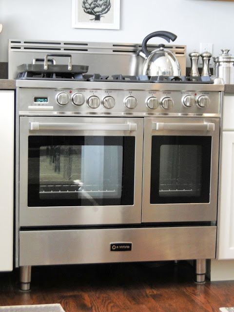 Kitchen remodel featuring Verona range with double oven | Big Plans Little Victories