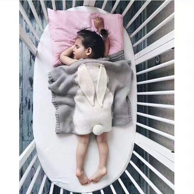 70.00$  Watch now - http://aliglx.worldwells.pw/go.php?t=32718083011 - kids/Baby Blanket Black White Cute Rabbit Knitted For Bed Sofa Cobertores Mantas BedSpread Bath Towels Play Mat Gift 70.00$