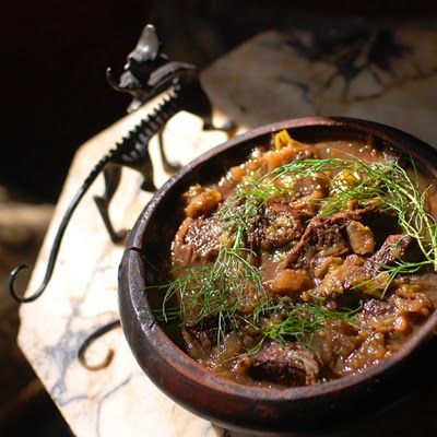 Medieval Beef Stew with Fennel, leeks, red wine, Honey and Vinegar and a medieval oatmeal recipe