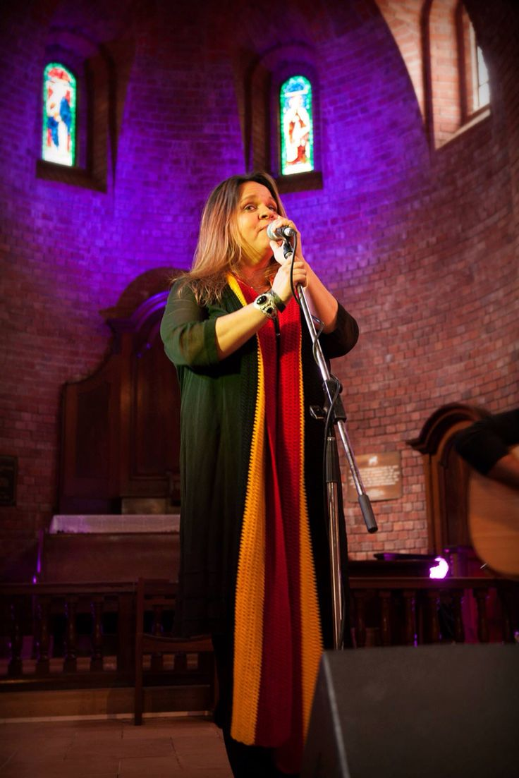 The gorgeous Gina Williams- we are so lucky to have her on board as a patron of Fairbridge Festival for the foreseeable future.