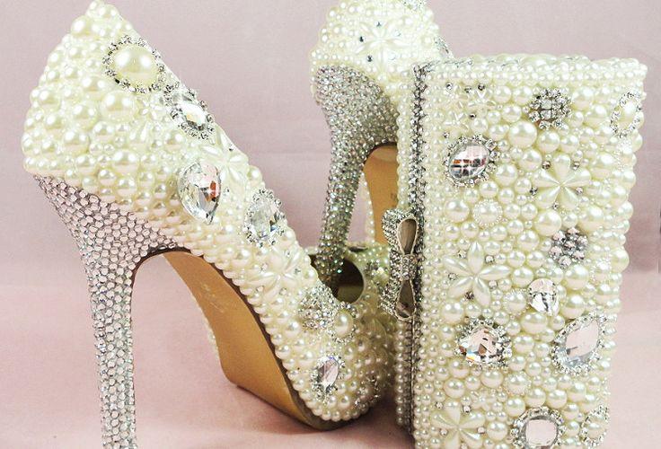 handmade-custom-design-Ladies-high-heel-ivory-beaded-wedding-shoes-with-matching-clutch-bags