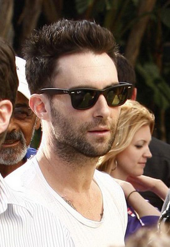 Ray-Ban New Wayfarer in 2 colors - as seen on Adam Levine - Literally