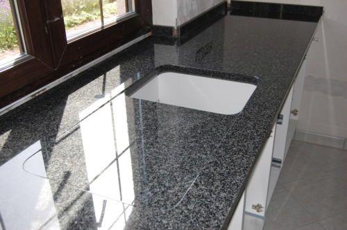 die besten 25 granit arbeitsplatte ideen auf pinterest schwarzer granit arbeitsplatten. Black Bedroom Furniture Sets. Home Design Ideas