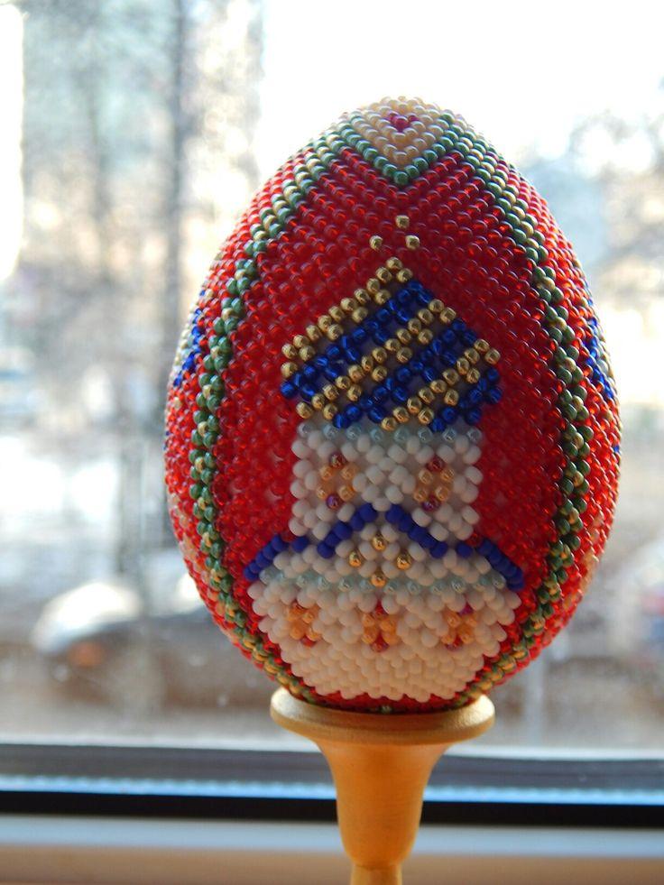 Яйцо пасхальное бисерное