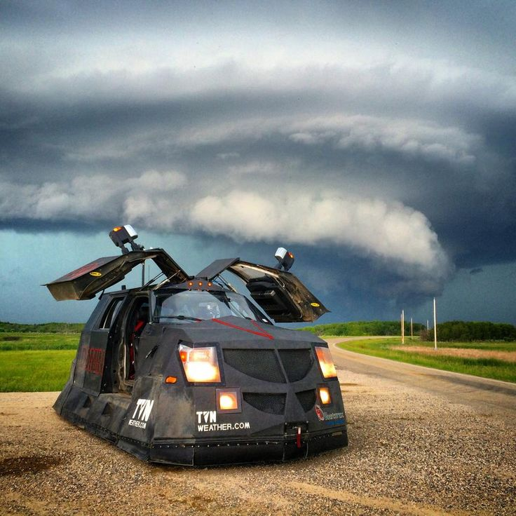 Dominator Storm Chasers In 2019 Tornado Chasers