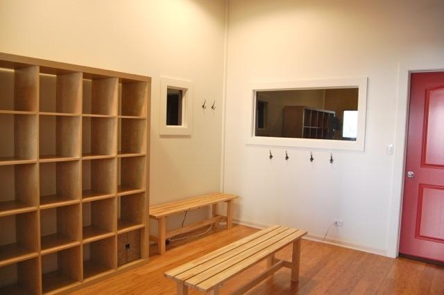 Tula Yoga Studio : changing room, casier