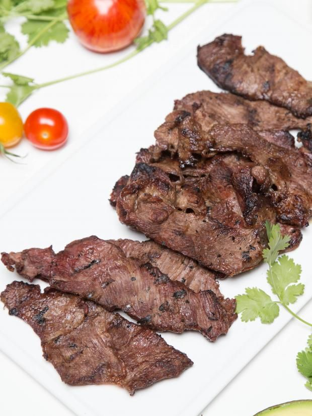 Easy Carne Asada Recipe, this one is a hit at every summer BBQ!
