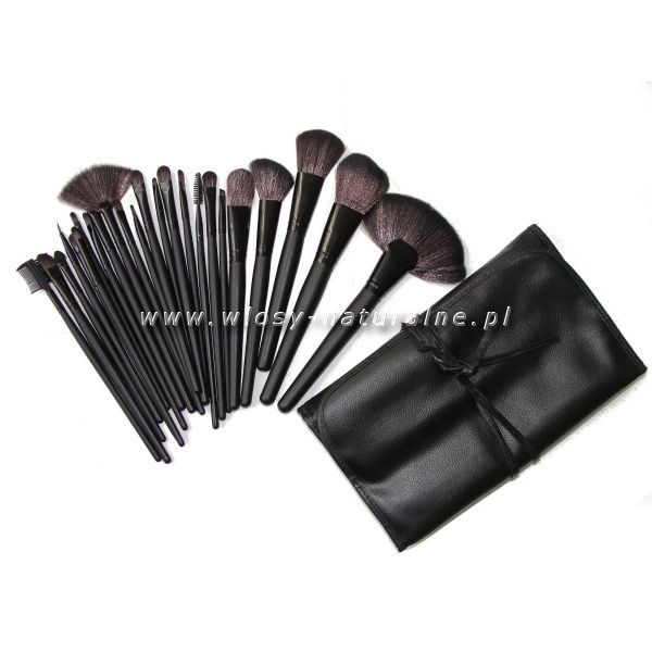 professional make-up brush from www.wlosy-naturalne.pl