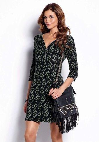 Geometrické šaty se 3/4 rukávy #ModinoCZ #autumn #fall #fashion #trendy #stylish #fallfashion #moda #podzimnimoda #trend