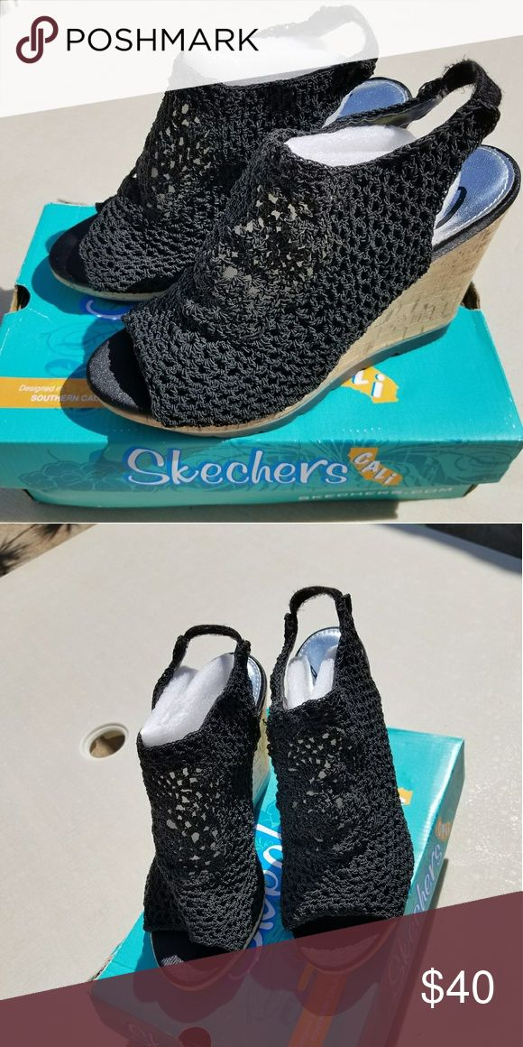 Black Arabesque Skechers Wedges Black, Wedge heels, Size 9 ***BRAND NEW, Never Worn*** Skechers Shoes Wedges